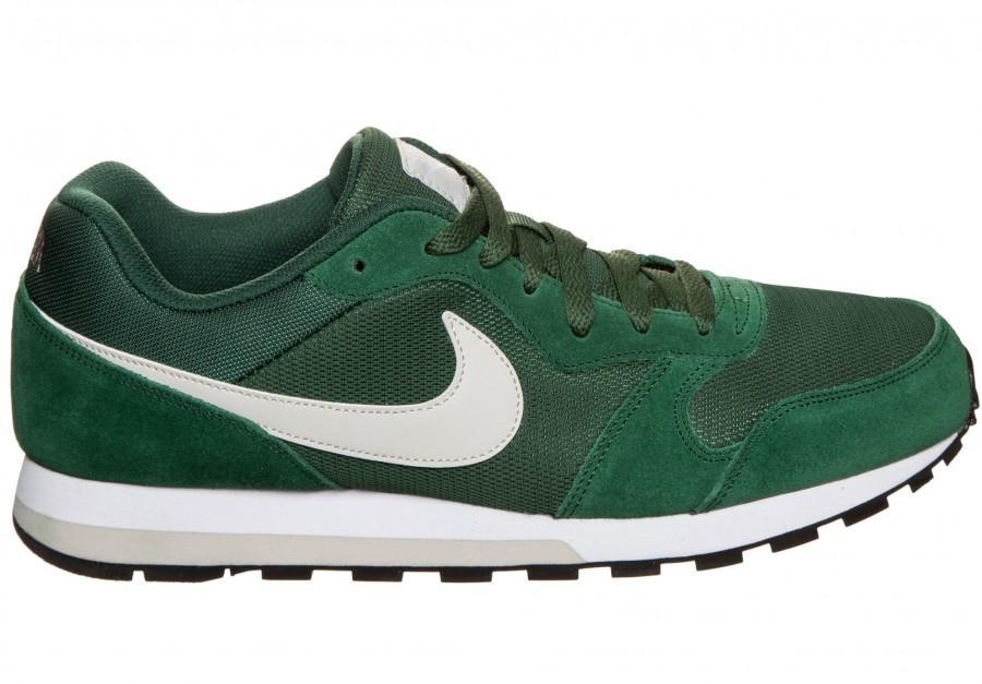 Nike MD Runner in Übergrößen 001-26