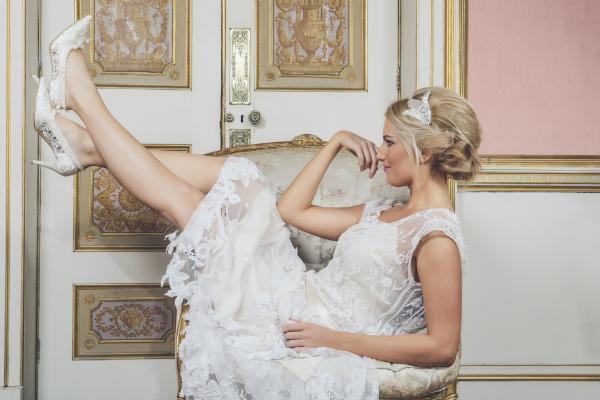 Die Länge des Brautkleids und die passende Absatzhöhe