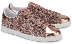 Sneaker Textil Leder Look in Metallic-Optik Kupfer Uebergroesse
