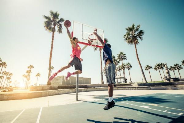 Basketballschuhe mit einer guten Daempfung sind fuer jeden Aktiven unverzichtbar