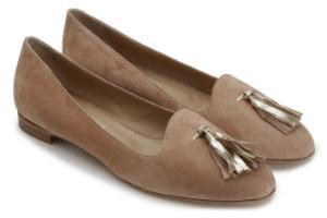 Loafer Metallic-Design der Lederfransen auf der Front Beige Uebergroesse