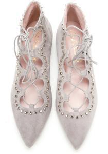 Pretty Ballerinas aus Veloursleder mit zarten Riemen und Wellenborte spitz Grau Uebergroesse