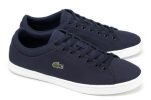 Blaue Sneaker mit einzelnen Logo-Stickereien von Lacoste in Uebergroessen