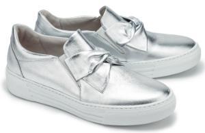 Silberne Slip-on Sneaker mit Schleifen-Detail fuer Damen