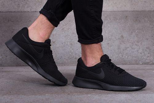 Nike Tanjun in Uebergroessen 9616-17