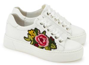 Sneaker von Semler mit angesagter Blumen-Stickerei in Uebergroessen Weiss