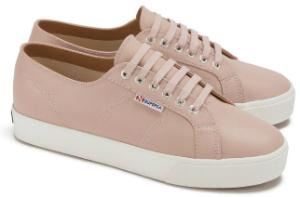 superga-limited-in-uebergroessen-plateauabsatz-rose