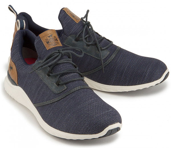 Sneaker in Übergröße: 7250-11
