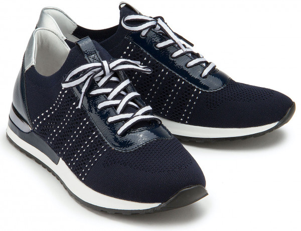 Sneaker in Übergrößen: 3562-10