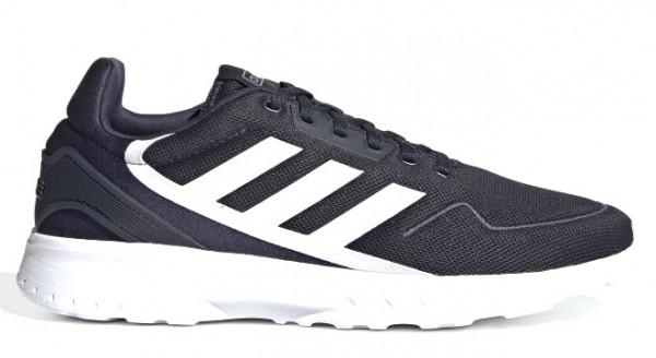 Adidas in Übergrößen: 8382-10