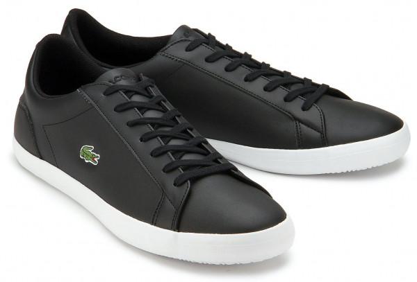 Lacoste Sneaker in Übergrößen: 8223-10
