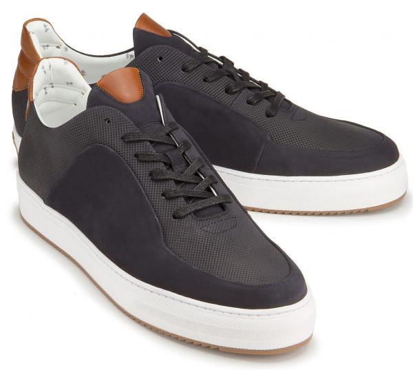 Sneaker in Übergrößen: 8058-11
